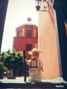 Visitando iglesias | Geekoteca Labs | Lego