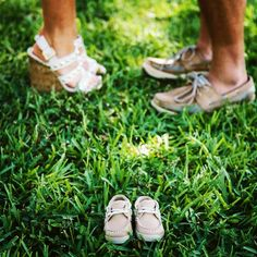 Baby announcement maternity photos Would also be cute as a couple shoot with heart instead of baby shoes?