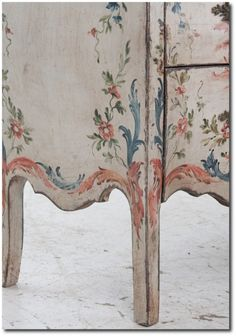 Italian-19th-Century-Painted-Bombay-Fireside-Antiques