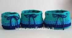 Cestini uncinetto per il bagno di fettuccia tutorial - manifantasia Crochet Purses, Baby Shoes, Kids, Baskets, Home Decor, Fashion, Amigurumi, Syria, Breien
