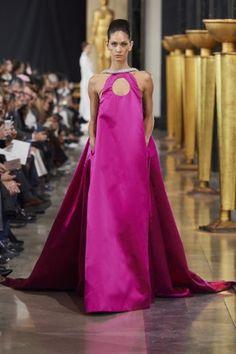 Stéphane Rolland Frühjahr/Sommer 2020 Haute Couture - Fashion Shows Stephane Rolland, Backstage, Evening Dresses, Formal Dresses, Wedding Dresses, Vogue Paris, Origami Fashion, Jumpsuit Pattern, Silk Gown