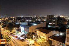 Buenos días Bucaramanga !!! Viernes último día laboral e inicio del fin de semana, iniciamos nuestro día con esta panorámica de Bucaramanga desde el sur, las nocturnas se ven espectacular. Gracias Miguel Angel Suarez (https://www.facebook.com/miguel.a.suarez.56) por compartir esta foto.