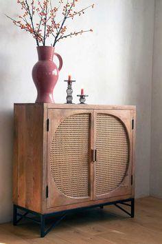 Cane Furniture, Oriental Furniture, Rattan Furniture, Bedroom Furniture, Furniture Design, Wicker Bedroom, Natural Furniture, Sideboard Furniture, Furniture Layout