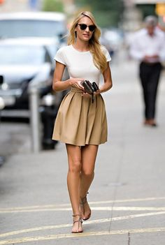 Love a circle skirt and white top. Classic look.