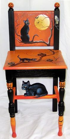 My sister should paint one of these. She could use it to hold the bowl for Halloween candy. Or give it to me so I can use it to hold the bowl for Halloween candy. Retro Halloween, Halloween Cat, Holidays Halloween, Happy Halloween, Halloween Decorations, Halloween Images, Samhain, Painted Chairs, Painted Furniture