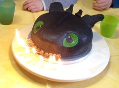 Toothless cake More