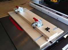 Get more out of your table saw with these four handy jigs. These simple jigs take advantage of the table saw's speed and accuracy without tempting you to perform risky operations. Woodworking Table Saw, Woodworking Jigsaw, Woodworking Skills, Woodworking Patterns, Woodworking Techniques, Popular Woodworking, Woodworking Crafts, Woodworking Store, Woodworking Guide