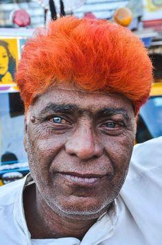 As crianças e os velhos. Rostos de uma viagem à Índia