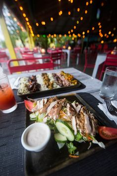 One of Negril's most popular restaurants, Push Cart.