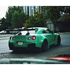 Green machine Photo @cullencheungphotos . . . . Follow the Crew: @Nissan_GTR_Lovers @gtr_heaven_ @Club_GTR @GTRcrew @worldofhorsepower