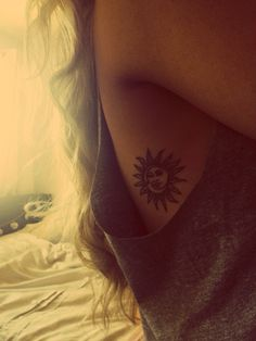 So pretty Sun & Moon tattoo this is what I want and where I want it