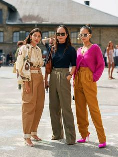 I'm and I've Figured Out How to Wear This Difficult Trouser Trend Fashion Pants, Love Fashion, Fashion Outfits, Fashion Trends, Street Style Edgy, Street Style Women, Style Casual, Jolie Photo, Winter Trends