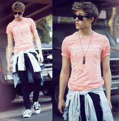 Zara Peach Tee, Zara Jean Shirt, Bcbg Skinny Jeans, Converse Chucks-Adam Gallagher