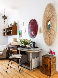 The Fremantle home of artist Angela Stewart. Styling – Anna Flanders. Photo – Dion Robeson on thedesignfiles.net