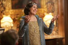 Opera Talent Dame Kiri Te Kanawa made a guest appearance on Downton Abbey in this brilliant crystal dress #DowntonPBS