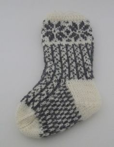 K70 Handmade Knitted seamless Tall socks for baby by KnitnWood, kr85.00