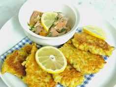 Leeks and High Heels : Cauliflower-cakes with smoked trout : fresh and fu...