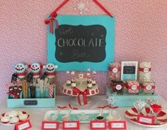What cute ideas for a hot chocolate bar at your holiday party! #Avery #Christmas