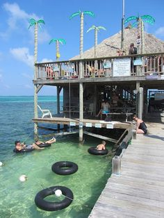 Hanging out at the Palapa Bar on Ambergris Caye, Belize
