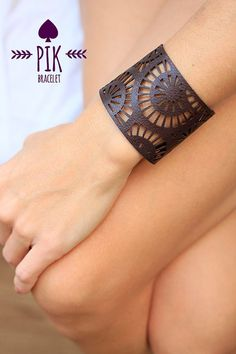 HOT PRICE!!! Leather Bracelet cuff, Leather Cuff, Ladies Leather Bracelets, chocolat brown no12