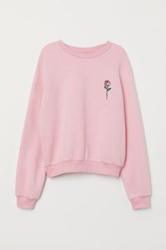 Sweat court L - Sweatshirt Girls Fashion Clothes, Teen Fashion Outfits, Retro Outfits, Cute Fashion, Outfits For Teens, Cute Outfits, Cropped Hoodie, Sweater Hoodie, Outfit Invierno
