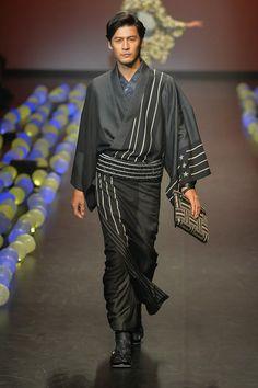Jotaro Saito Spring 2015 Tokyo Fashion Week
