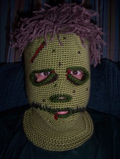 Ravelry: CaptnHook's Zombie Balaclava    This is for Sunshine...lol