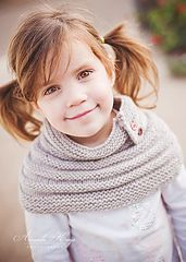 Whether worn scrunched up around the neck, or hugging around the tops of shoulders, this little cowl will help keep the wearer snuggly warm and cosy. Knit it with fabulous Malabrigo for the ultimate in squish factor.