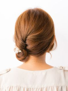 Feminine arrange to make it look like a long hair ロングヘアを連想させるフェミニンアレンジ|特集 雨の日のすっきりヘアアレンジ #medium