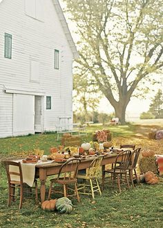 Fall dinner party - I want to live where it would be warm enough for Thanksgiving outside!