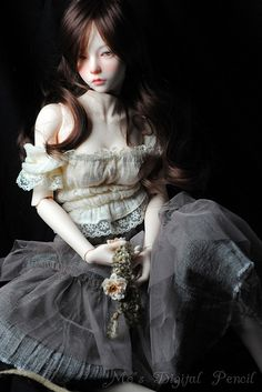 Doll with the Unsettling, Disaffected Face - BJD