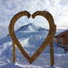 We show you where to ski in the heart of the Dolomiti  #dolomiti #dolomites #turismo #tourism #italia #Mountain #snow #winter #ski #italy #sellaronda #skitour #montagne #skisafari #skiguide #powder #snowboard #valbadia #valdifassa #valgardena #statigram #trentino #instatrentino #ig_italia_ http://ift.tt/1sbHTFk #worldheritage #unesco #heart  #picoftheday #onepictureadaydolomiti2017 @dolomitimountain #onepictureadayfrancesco  Foto Copyright @francesco_eri  http://ift.tt/2lr1cLZ…