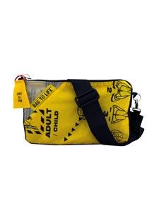 Bag to Life follow me bag damestas grijs. De achterzijde is van upcycled grijze ballon/parachute zijde