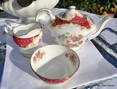 Paragon Rockingham Red Teapot Tea Set