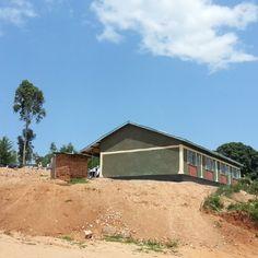 Kidshare in Kenia: Een nieuwe school in Isaku en een nieuwe weg