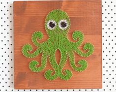 String art wall decor, octopus string art made on reclaimed wood planks, perfect decor for kids room or a gift for newborn, wall decoration by goodlights. Explore more products on http://goodlights.etsy.com