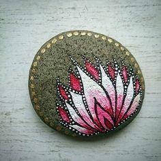 DIY Mandala Stone Patterns To Copy (39)