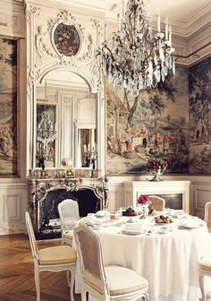 French+mirrors+and+chandeliers | French Interior In Dining Room With Chandelier And Wallpaper And ...