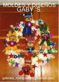 Corona reno bucilla Reno, 4th Of July Wreath, Wreaths, Home Decor, Crowns, Centerpieces, Xmas, Decoration Home, Room Decor