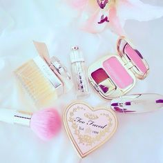 Cosmetic accessories - pink #pink