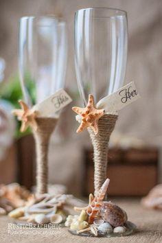 PLAYA Champagne Flautas / Novia Y Vidrios de la boda del novio con una cuerda, estrellas de mar, conchas