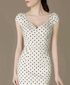Fashion Cute Polka Dot Dress Perfect Curved Elegant Formal Dress Fresh Ladies Fitted Evening Dress Puff sleeves Plus Size available Elegant Dresses, Cute Dresses, Beautiful Dresses, Casual Dresses, Short Dresses, Vintage Dresses, Mode Outfits, Dress Outfits, Fashion Dresses