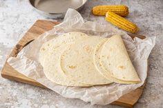 How to Make Homemade Tortillas – Mexican Recipe Fish Recipes, Mexican Food Recipes, Healthy Recipes, Healthy Food, Homemade Corn Tortillas, Batch Cooking, How To Make Homemade, Crepes, Crack Crackers