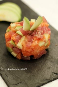 Salmon and Tuna Tartare with Green Apple - Tartare di salmone e tonno alla mela verde
