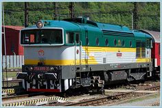 Brejlovec-ZSSK 754 055-2 Time Travel Machine, Diesel Locomotive, Train Rides, Heavy Metal, Engine, Vehicles, Pictures, Display Stands, Europe