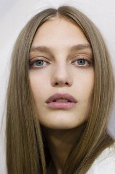 chloe ss15 make up/hair