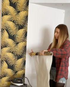 Pintar paredes con efectos desgastados o vintage Curtains, Shower, Diy, Prints, Home Decor, Wood Planks, Wooden Walls, Painted Walls, Tiles