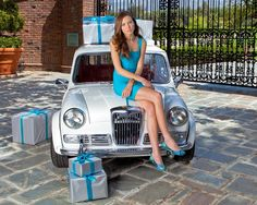 Azure Snake Tieks ballet flats - love the turquoise blue with a print.   Great marketing ad.