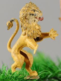 ROYAL BRITISH LION DRESDEN : Lot 1476