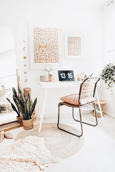Flexa beautiful and simple! – Marit Andrea – rustic home interior Office Nook, Home Office Space, Home Office Design, Home Design, Design Design, Office Inspo, Office Workspace, Modern Office Decor, Home Office Decor